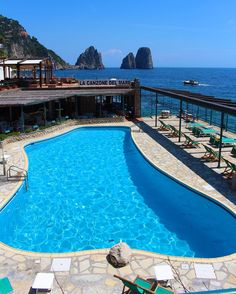 Professional Travel Influencer & Blogger Italiano. Richiedi la nostra visita.  Contact: info@italianplaces.it  Facebook: Italian_Places
