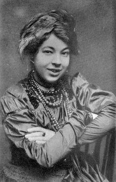 Pamela Colman Smith -- the woman who illustrated the Rider-Waite tarot