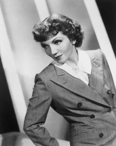 Studio portrait of American actor Claudette Colbert wearing a checkered blazer and standing and looking to the side. Hollywood Icons, Hollywood Fashion, Golden Age Of Hollywood, Classic Hollywood, Hollywood Style, Retro Fashion, Claudette Colbert, Silent Film, Studio Portraits