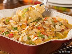 Our Hot Chicken Salad Casserole is a down-home casserole recipe that& make your insides feel warm and cozy. With lighter ingredients and fresh veggies, this is an easy low carb recipe that& perfect for dinner or for bringing along to the next potl Healthy Chicken Casserole, Healthy Casserole Recipes, Casserole Dishes, Diabetic Recipes, Low Carb Recipes, Cooking Recipes, Healthy Recipes, Beginner Recipes, Turkey Recipes