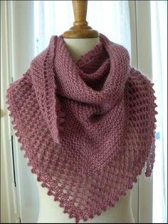 KAL Mousseux Etape 1 Cest parti mon kiki Organdi bidouille et Knitted Shawls, Crochet Scarves, Crochet Shawl, Knit Crochet, Ravelry Crochet, Loom Knitting, Knitting Stitches, Knitting Patterns Free, Beginner Knitting
