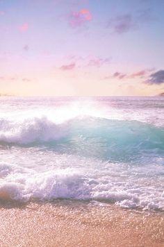 beautiful waves crashing on the beach, aahhh No Wave, Ocean Beach, Ocean Waves, Big Waves, Summer Beach, Beach Waves, Pink Beach, Beach Sunrise, Ocean Pics