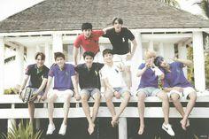 EXO Fiji Photo album Kai Kim Jongin Suho Kim Junmyeon D.O. Do Kyungsoo Chen Kim Jongdae Park Chanyeol Oh Sehun Byun Baekhyun Xiumin Kim Minseok