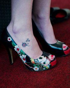 Iron Fist Fan Tattoo: Carol van Schoor