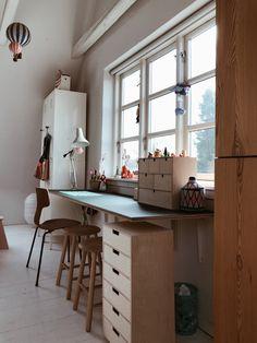 Linoleum Flooring, Bespoke Furniture, New Room, Office Interiors, Girl Room, Room Inspiration, Home Office, Living Room, Modern