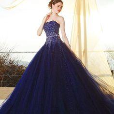#weddingdress #dress #instafashion #instacouture #couturefashion #bride #ウエディングドレス#ドレス#カラードレス #プレ花嫁 #カクテルドレス #ネイビー #キラキラ#きれい#グリッター#夜空 #kiyokohata#キヨコハタ