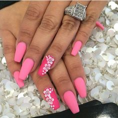 everything should be in pink ♥ by laque nail bar Beautiful Nail Designs, Cute Nail Designs, Beautiful Nail Art, Cute Pink Nails, Pretty Nails, Nail Pink, Laque Nail Bar, Edge Nails, Girls Nails