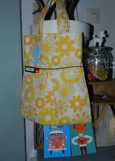 Kindertas Retro met Gele Bloemen