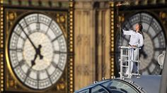 Ride the London Eye just like Amelia (well almost) on the STI London Your Way Week in November. http://www.singlestravelintl.com/trip_packages/164-london-at-thanksgiving