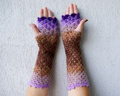 These Dragon Gloves With Crochet Scales Will Protect You When Winter Comes