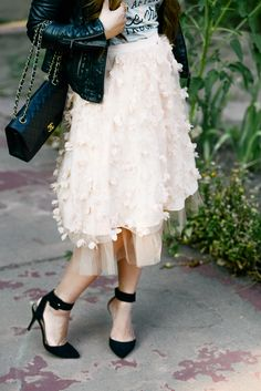 Obsessed with this @anthropologie flutter skirt!!