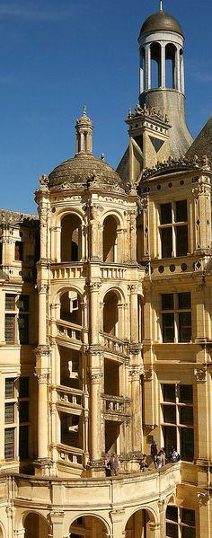 Escalera de caracol, El Castillo Real de Chambord, Chambord, Loir-et-Cher, Francia - www.castlesandmanorhouses.com