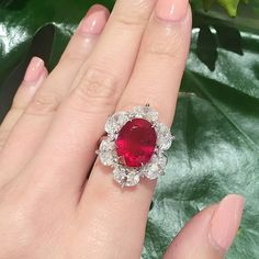 And here to get a closer look to the magnificent rubies for sale in the 'Elements of Style' private sale exhibition in Hong Kong, with a 8 carat Burmese ruby and diamond ring. Come to visit us at the James Christie Room in our Alexandra House offices until September 9 to view amazing pieces from @christiesjewels  @christieswatches and @christieshandbags