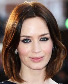 Emily Blunt wearing a Bob hair style