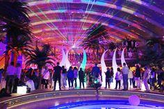 #Event dekoration stimmungsvoll mit LED Cubes von #moree #Aida - Kreuzfahrt - Beach club, #moree #cube #laser show
