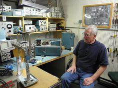 From the Vintage Tek Museum in Beaverton, Oregon Beaverton Oregon, Artist Workspace, Diy Workbench, Work Stations, Circuit Projects, Inventors, Shop Layout, Workbenches, Ham Radio