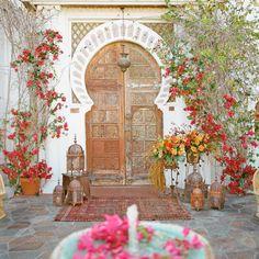 Front Door Planters, Diy Planters, Jardin Deden, Palm Springs Hotels, Design Jardin, Front Door Colors, Plantation, Outdoor Events, Handmade Home