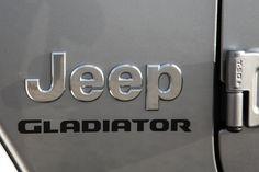 Das neue Modell markiert die Rückkehr der Marke in das Pickup-Segment und kommt zu den Feierlichkeiten des 80-jährigen Jubiläums von Jeep® zu den europäischen Händlern. Jeep Gladiator, Vehicles, Celebrations, Scale Model, Car, Vehicle, Tools