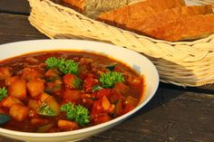 Goulash, Chana Masala, Ethnic Recipes, Fit, Shape