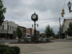Downtown Tuscumbia, this is where i spent most of my childhood besides Decatur. It is precious.