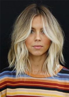 Choppy and Wavy Lob - 60 Inspiring Long Bob Hairstyles and Long Bob Haircuts for 2019 - The Trending Hairstyle Cool Haircuts, Hairstyles Haircuts, Blonde Hairstyles, Medium Shag Haircuts, Lob Hairstyle, Blunt Haircut Medium, 2018 Haircuts, Layered Haircuts, Headband Hairstyles