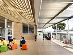 Image 8 of 16 from gallery of Birralee Primary School / Kerstin Thompson Architects. Photograph by Derwek Swalwell
