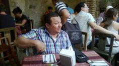 Almorzando los equipos de La Autonoma Andragogica y el Grupo Liderarte (Disfrutando)