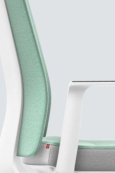 PURE INTERIOR Edition 12 #Türkis Mehr Design für dein #HomeOffice. Mit einer vielfältigen und hochwertigen Stoffauswahl und ihrem ergonomischen Design vereint die PURE INTERIOR Edition bequemes und ergonomisches Sitzen. Das Design und die Farbgebung des PURE machen ihn zu einem optischen Leichtgewicht. Farblich abgestimmt bringt er sich in das Home Office ein und kann sich gleichzeitig zurücknehmen. #schreibtischstuhl #arbeitszimmer #design #Stoff #interstuhl Home Office, Pure Home, Designer, Pure Products, Interior, Detail, Rings, Office Home, Design Interiors