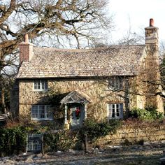 The real thing? This delightful cottage is actually a fake constructed for the film The Holiday. However the attractions of Surrey are very real for the directors who choose it as a location, including Steven Spielberg (for War Horse) \ Rex Features