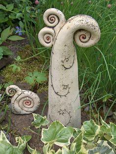 2er Set ElfenSpitzen~Keramik-Unikat~Schnecke~Kunst von Elfenflüstern ® auf DaWanda.com