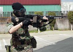 G&P Mk23 Armas Airsoft, Light Machine Gun, Military Pictures, Swat, Tactical Gear, Archive, Guns, Beautiful Women, Popular