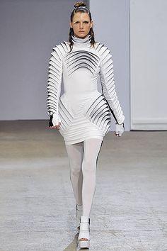Gareth pugh architectural fashion 69