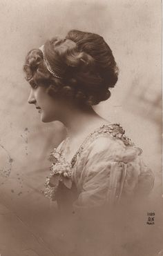 victorian updo...what a profile!