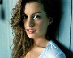 Anne Hathaway....THAT BITCH <3