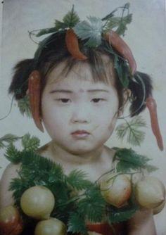 CHINA'S AWKWARD CHILDHOOD PHOTOS ARE REALLY… MESMERIZING!