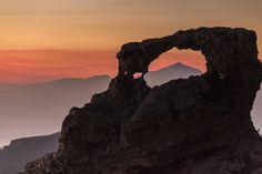 Puesta de sol en La Ventana del Nublo (Al lado del Mirador Pico Las Nieves) en la Cumbre de Gran Canaria (10/12/2016) Tocar o desplazar la foto para ver toda la galería LaVentana del Nublo, la que…