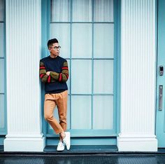 Back in New York and loving this sweater weather. Can it stay this nice out all winter? Three Words, Perry Ellis, Sweater Weather, I Dress, Personal Style, New York, Photo And Video, Nice, Winter