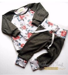 awesome nice floral baby set, newborn coming home set, baby, toddler sweater top, raglan. Fashion Kids, Little Girl Fashion, Baby Set, Baby Baby, Baby Outfits, My Baby Girl, Baby Love, Baby Girls, Toddler Sweater