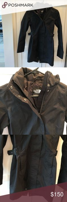 The North Face Women's Raincoat (Black XS) The North Face Women's Black Raincoat XS. Perfect condition without any signs of wear. It's lightweight and perfect for Spring weather. The North Face Jackets & Coats Trench Coats