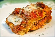 """Crock Pot Lasagna Recipe (if you use the """"right"""" ingredients, it can be low/lower carb)"""