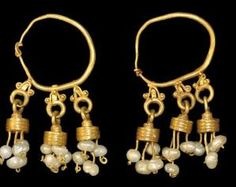 Roman Gold and Pearl Earrings, 4th century A.D. by chrystal