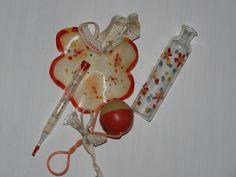 Výbavička pro panenku :) Vintage Dolls, Doll Toys, Old School, Christmas Ornaments, Personalized Items, Holiday Decor, Czech Republic, Home Decor, Nostalgia