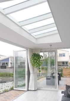 Weximan - Welcome Garden Room Extensions, Covered Pergola, Glass Roof, Outdoor Living, Outdoor Decor, Glass House, Skylight, Home And Living, Home Projects