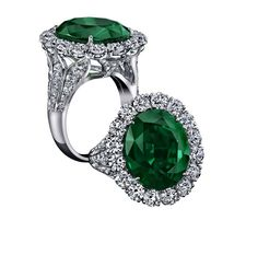 Robert Procop Exceptional Jewels collection 11.54ct Emerald Royal ring.
