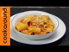 (1) Paccheri alla napoletana - YouTube Pasta Sauces, Ricotta, Macaroni And Cheese, Lasagna, Cooking, Ethnic Recipes, Video, Ss, Food