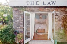 House tour: Jillian Harris's guest house | Style at Home