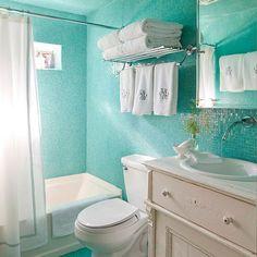 Как хранить полотенца в большой и маленькой ванной? – Полезные советы