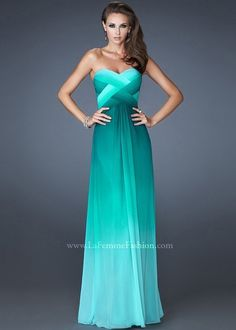 I adore the color of this dress!