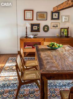 Os donos do apê são franceses, mas a decoração é cheia de brasilidade - Casa