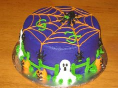 Halloween Spider Cake By vtjilly on CakeCentral.com